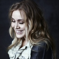 Anouk - Everything (Acoustic Version)