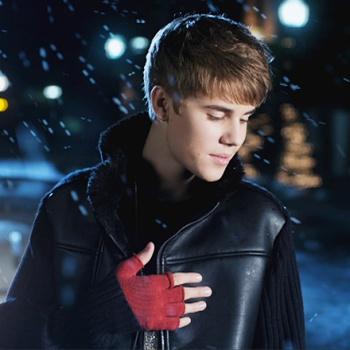 Клип Джастина Бибера стал самым популярным рождественским видео