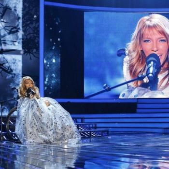 Юлия Самойлова - девушка в инвалидном кресле представит Россию на Евровидении в Киеве