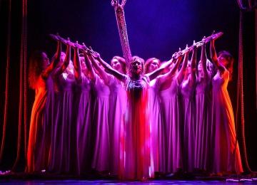На выходных: рок-опера «Юнона и Авось» в «Зеленом театре ВДНХ»