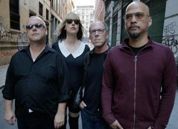 Группа Pixies выпускает альбом впервые за 23 года
