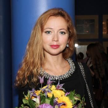 Елена Захарова перестала скрывать свою беременность