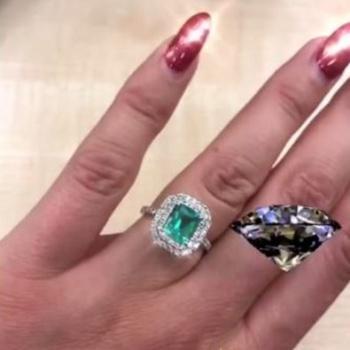 Ольга Бузова приняла дорогое кольцо от поклонника