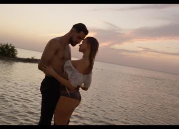 Невеста «Maroon 5» и певец EL'MAN отдохнули в Мексике