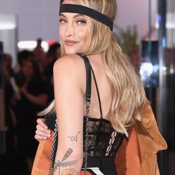 Пэрис Джексон демонстративно покинула показ Dior