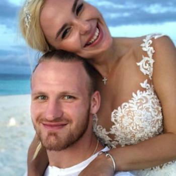 Редкое свадебное фото Пелагеи попало в Сеть