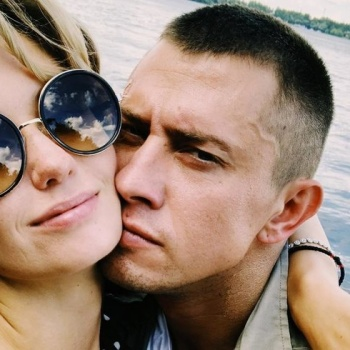 Агата Муцениеце рассказала о здоровье Прилучного